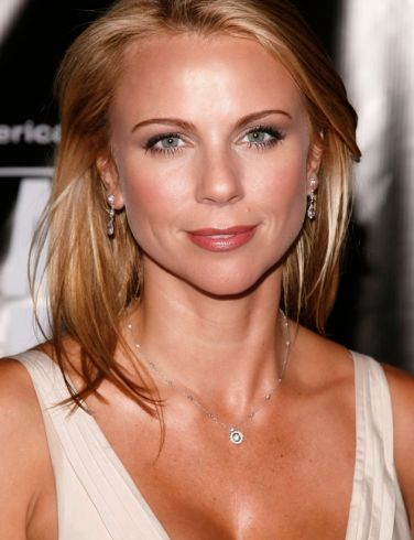 lara logan hot pics. girlfriend lara logan assault