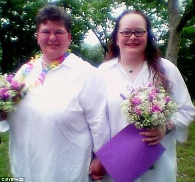Think, lesbian couples seeking sperm apologise