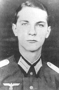 The first Nazi soldier Ethics Hero.