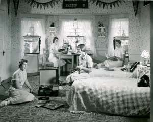 DormRoom1950s