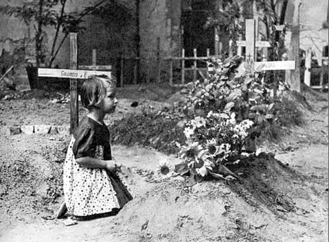 bialystok girls Bialystok archives click on photos to enlarge bialystok is in current day poland, about 30 miles west of the border with belarus a girl who was a teacher.