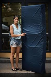 Emma and her mattress: actually, many of the other attendees at the State of the Union would have loved to have had a mattress...