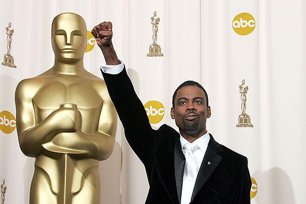 Chris-Rock-Backstage-at-Oscars
