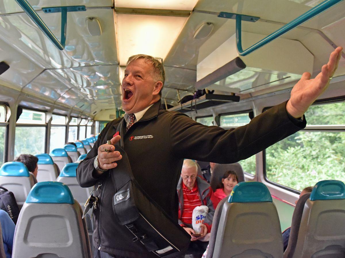 Singing Conductor